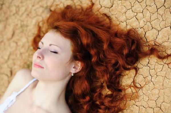 Hiểm họa từ nhuộm tóc