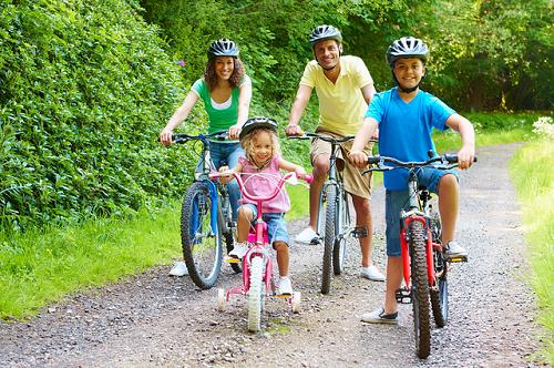 Luyện tập thể dục đều đặn là một trong những phòng ngừa viêm mũi dị ứng ở trẻ em hiệu quả